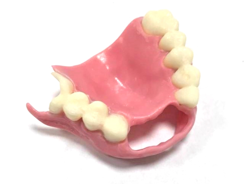 Encías fabricadas con HARZ Labs Dental Pink Resin