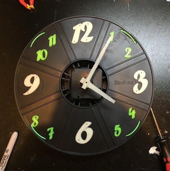 Reloj de reciclaje