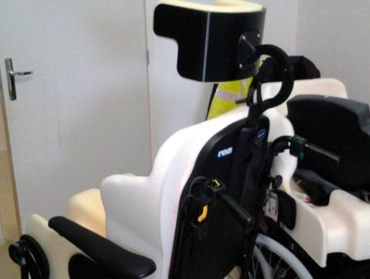 Silla de ruedas adaptable gracias a piezas impresas con PETG CF