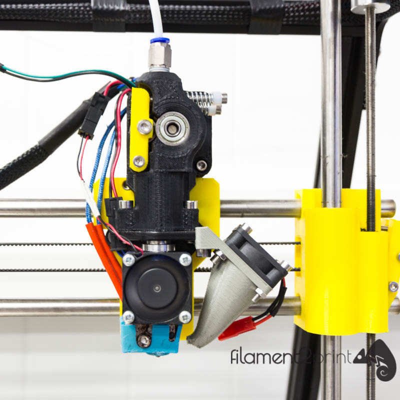 Axial fan for 3D printer installed