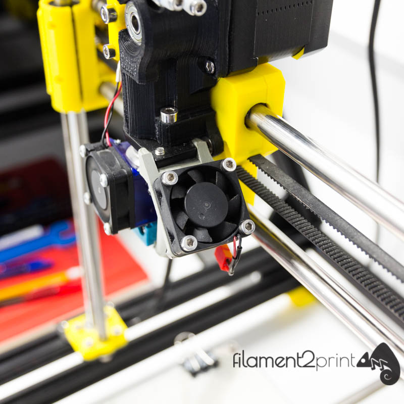 Axial layer fan for 3D printer installed